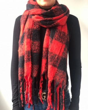 Little Red Kiss | Fashionable and Affordable Accessories | Weekend Red Black Chunky Scarf